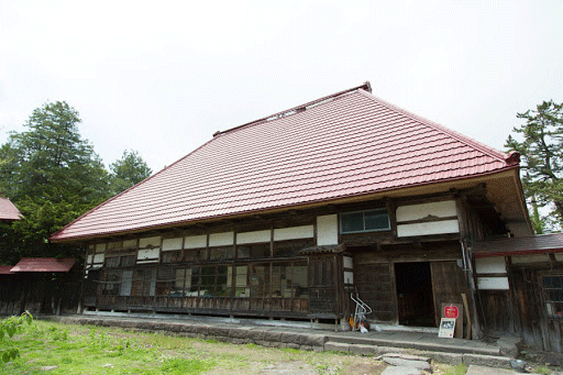 白神は東北、青森の日本酒蔵です。